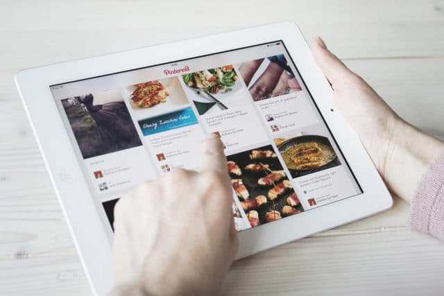 2019 Best Pinterest-Style WordPress Themes for Your Website or Blog
